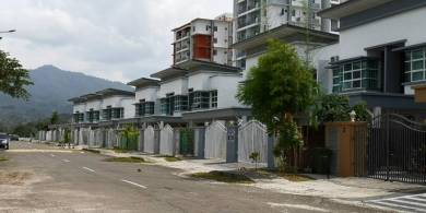 KK Alam Puteri House For Sale ]21/2 Storey] Brand New House (Super Big