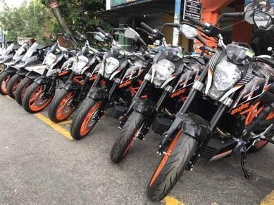 KTM Duke 390R(SST 0% KAMI BAYAR )TERMURAH PROMO