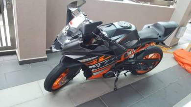 For Beginner Rider: KTM RC390 with Low Mileage