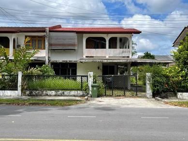 Lorong Bayor Bukit 8A double storey semi detached house for sale
