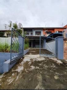 Taman Johor Jaya Jalan Bakawali Double Storey Terrance 22x70 Fullloan