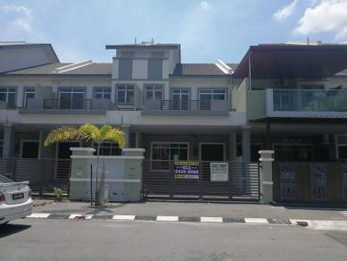 Double storey terrace at klebang ria, chemor