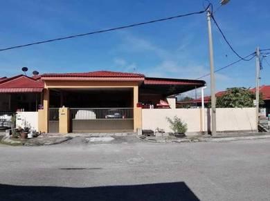 Botani Single Corner House For Sale