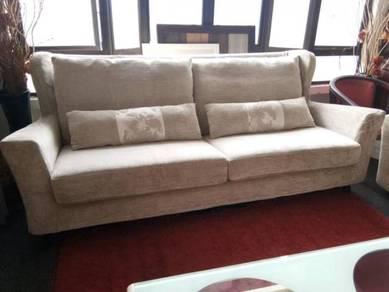 Classic empire sofa - free delivery