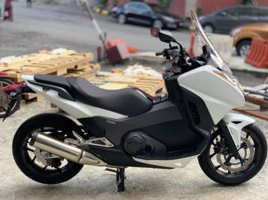 Honda integra S DCT