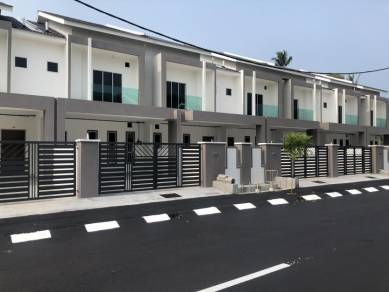 Sitiawan Manjung New Double Storey Terrace For sale !