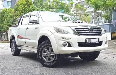 Toyota HILUX 2.5 G Spec VNT (M)
