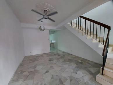 END LOT, BELOW MARKET 2 Storey Terrace Taman Sri Gombak Fasa 9, Gombak