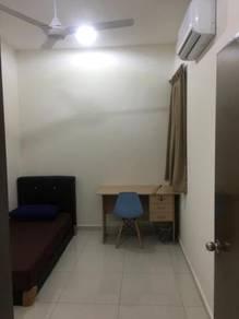 Fully Furnish Bukit rahman Putra room for rent near sg buloh Hospital