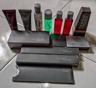 Marriott hotel toiletries shampoo lotion body
