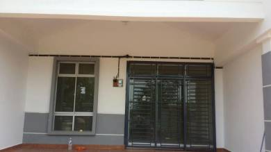 DIRECT OWNER.1 Storey house at Austin Residence for rent
