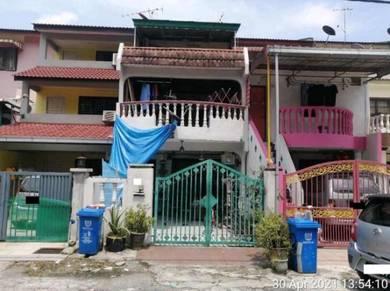 3 Storey Terrace House in Taman Sri Muda, Seksyen 25, Shah Alam