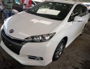 2013 Toyota Wish 1.8 (A) S-package Unregistered