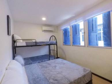 1pax/2pax/4pax/6pax Room at Carpenter Street, Waterfront Town