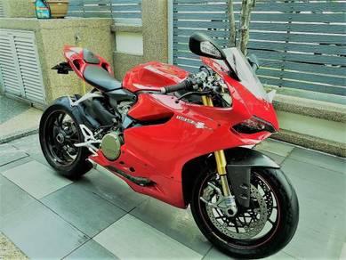 Ducati panigale 1199s 2013 unregistered