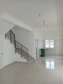 GATED & GUARDED End Lot 3 story Terrence Bayu Height 2 Seri Kembangan