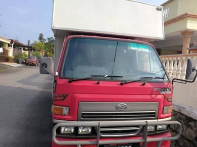 2007 daihatsu delta 2.7 lorry