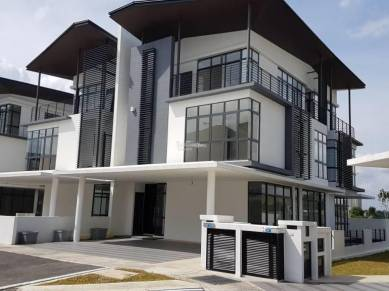 [NEW] 3 Storey Semi-D and SuperLink House, Ampang Hill Top, Green View
