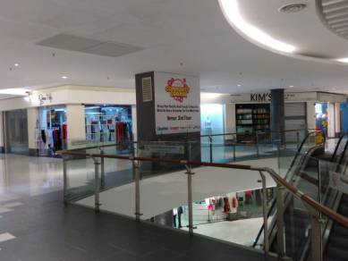 Prime dual frontage retail shoplot in Summit Complex Subang Jaya