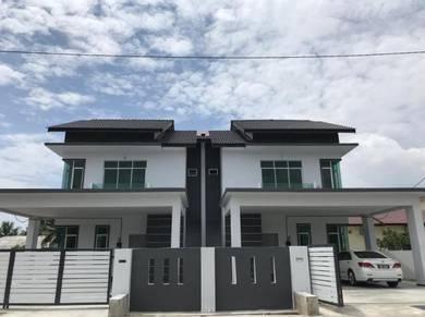 New SemiD 2019 - Rumah Berkembar 2 Tingkat di Meraga Beris , Kijal