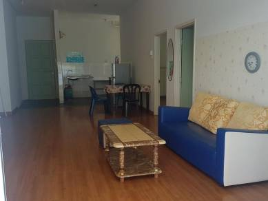 1-Borneo, Fully furnished condo, Corner unit with balcony, 2 rooms