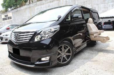 Toyota ALPHARD 2.4 WELCAB 2 POWER DOOR WEL CHAIR