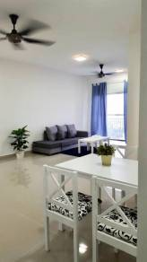 Holmes condo: partial furnish and new building and facilities