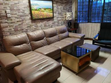 Fully Furnished Regency Condominium available for rent at Klang