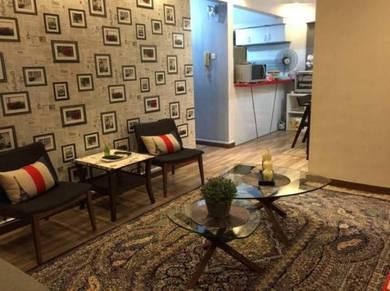 Dwi Mahkota Apartment , Tampoi