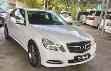 Mercedes Benz E200 1.8 CGI Turbo Like New Low Mil