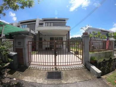 Rumah Besar END LOT Rumah Teres 2 Tingkat di Saujana Utama