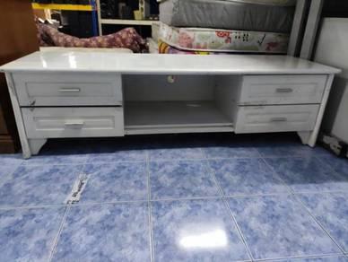 Rak TV warna putih