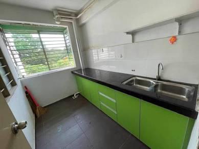 [NEGO DEPOSIT] LEVEL 2 Taman Topaz Apartment 20 Mins To ERL Putrajaya