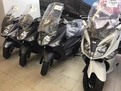 2017 SYM EVO 250 (Warehouse Sales)