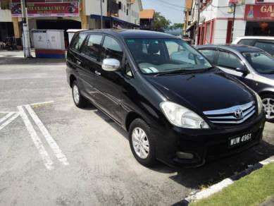 2011 Toyota INNOVA 2.0 G One Owner (Automatic)