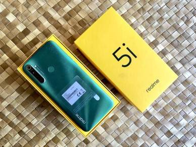 Realme 5i 4GB 64GB Fullset ~ 5000mAh Battery !!