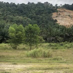 Tanah Lot Banglo Tepi Jalan Besar Meru Puncak Alam