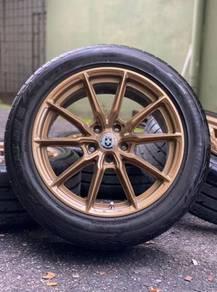 HRE 18 inch sports rim Vellfire tyre 90%