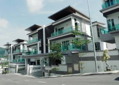 [GREAT BUY] 3 Storey Semi D With Lift - Beverly Heights, Ampang