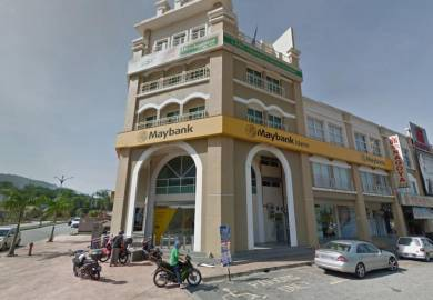 Facing Main Road Ground Floor 22x75 The Reef Rawang