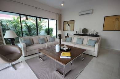 East Ledang Noble Park Bungalow With Furniture
