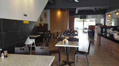 Cafe at malim Jaya for sale