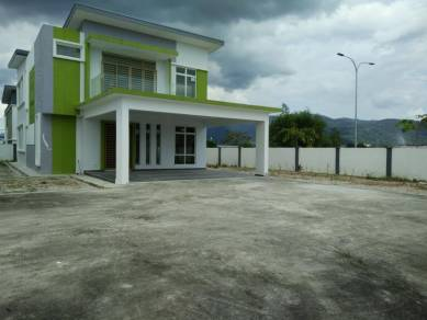 Superb Bungalow For Rent-Ready Move In Near Sg Gadut KTM