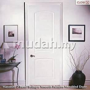 Pintu rumah bilik