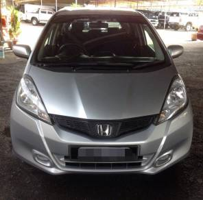 2013 Honda JAZZ 1.5 FACELIFT (A)