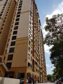 Apartment in Pelangi Damansara