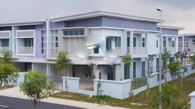 [CORNER] 2sty house non bumi 36x75 RIMBAYU Kota Kemuning Shah Alam