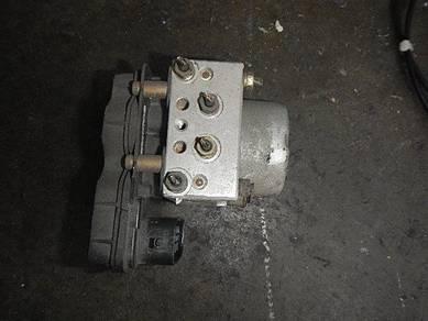 Mitsubishi evo 9 gsr abs pump