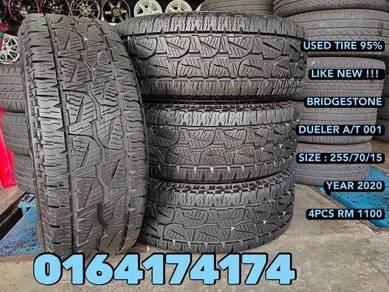 USED 255 70 15 BRIDGESTONE A/T 95% hilux pajaro