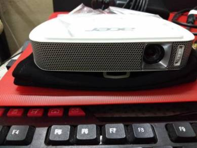Acer C205 Led Projector